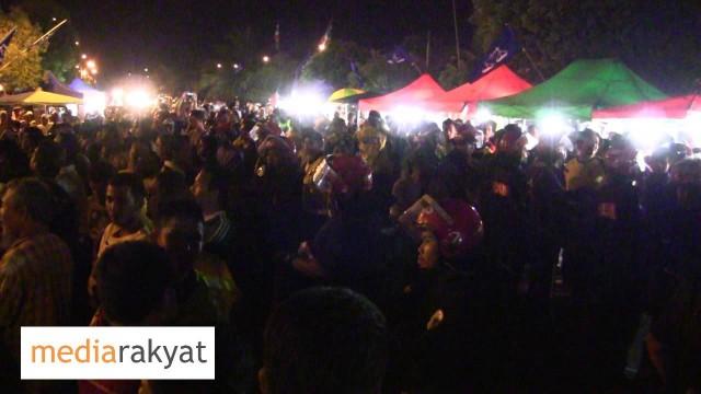Cubaan UMNO Untuk Mengganggu Ucapan Tian Chua Di Melaka