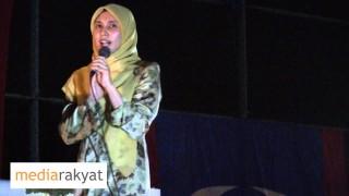 P121 – Nurul Izzah: Ceramah Perdana Di Lembah Pantai 18/04/2013