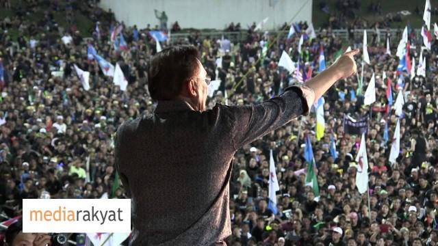 """Anwar Ibrahim: 120,000 Banjiri Perhimpunan """"Black 505″ Di Stadium Batu Kawan"""