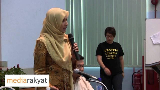 (Pelajar Q&A) Nurul Izzah & Rafizi Ramli: How To Free The Media In Malaysia?