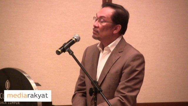 Anwar Ibrahim: The Lahad Datu Intrusions
