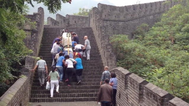 Epic piano move onto the Great Wall of China!