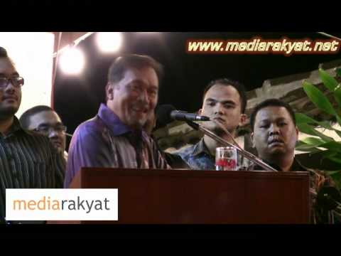 Anwar Ibrahim: Teach UMNO BN Leaders That They Are Stupid Thinking That We Are Stupid