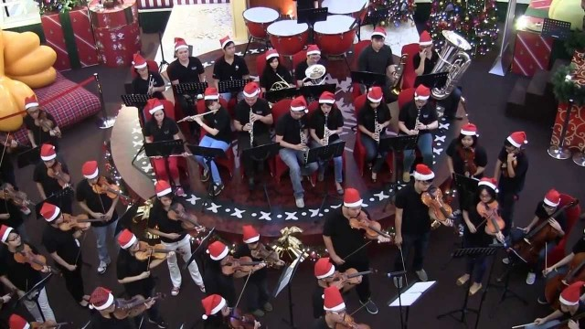 (2013) Selangor Philharmonic Orchestra: Around The World at Christmas Time