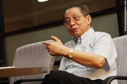 Lim Kit Siang: The real enemy in Kajang is not Barisan but Pakatan infighting
