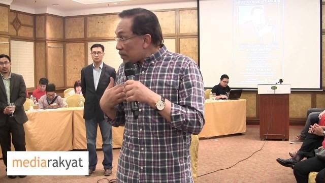 Anwar Ibrahim: Keluar Negeri Banyak Kali, Siapa Bayar?