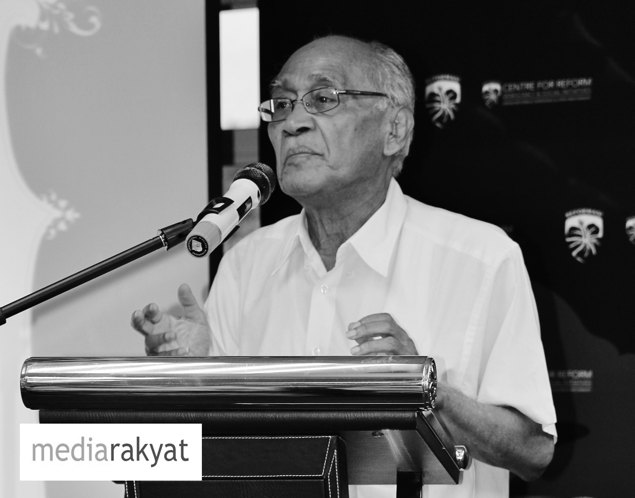 Dr Syed Husin Ali: Najib Razak telah berjanji akan menjadikan demokrasi diamalkan di negara ini sebagai yang terbaik dalam dunia. Apa telah berlaku?