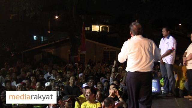 (Countdown To 505) Anwar Ibrahim: Pemuda UMNO Hina Bacaan Al-Quran Di Ceramah Di Johor Bahru