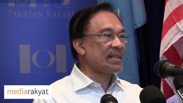 Anwar Ibrahim: Disgusted With Najib Refusing To Respond To Questions On MH370 Disappearance