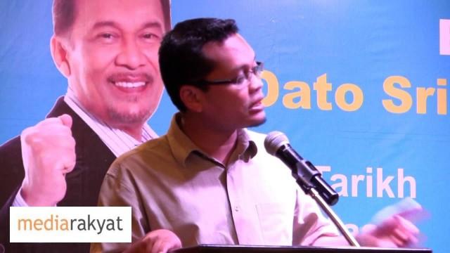 Nik Nazmi: Musuh Kita Sebenar Ialah UMNO Barisan Nasional