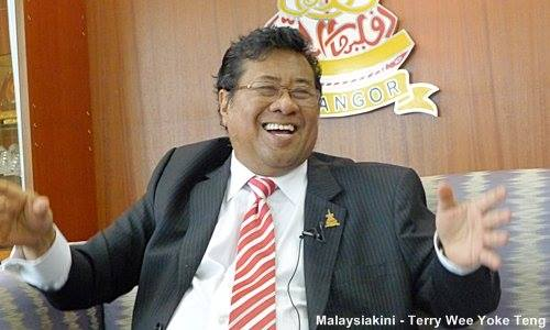Khalid laughs off resignation rumours