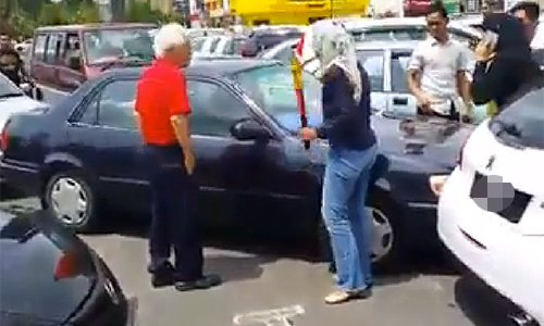 Police detain Kuantan road bully woman for 'criminal intimidation and mischief'