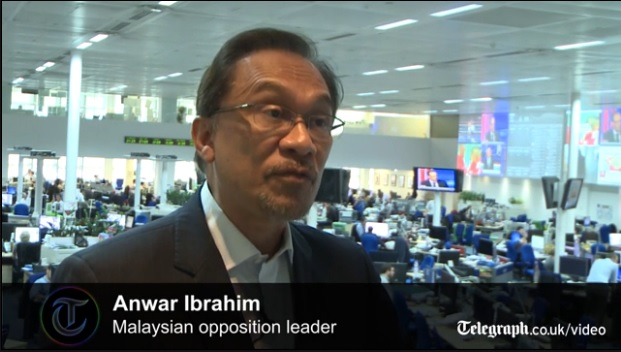 Anwar Ibrahim: I'll risk prison to take on the government