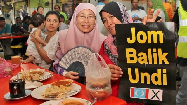 Dr Wan Azizah: Jom Balik Undi (Come Home & Vote)