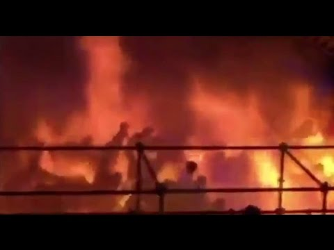 Taiwan Formosa Water Park fire injures hundreds 台湾八仙樂園粉塵爆炸,数百人陷火海