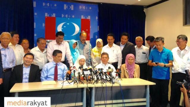 Dr Wan Azizah: Saifuddin Abdullah Isytihar Keluar Umno & Masuk KEADILAN