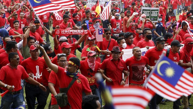 The Wall Street Journal: Malaysia and the Race Card
