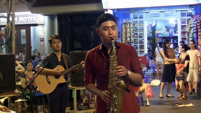 Street Performance In Hanoi Old Quarter