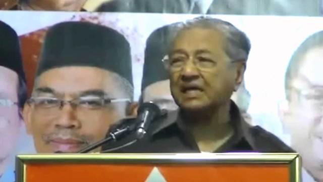 Dr Mahathir: Rasuah Berlaku Dalam Kerajaan Lebih Buruk Lagi Kerana Bos Diatas Makan Duit
